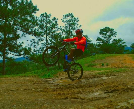 mountainbiking-in-dalat-with-highland-sport-travel-(13)---Copy