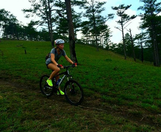 mountainbiking-in-dalat-with-highland-sport-travel-(3)