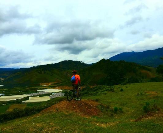mountainbiking-in-dalat-with-highland-sport-travel-(32)