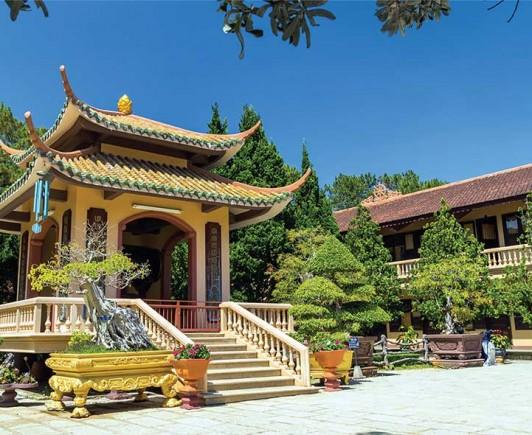 truc-lam-zen-temple